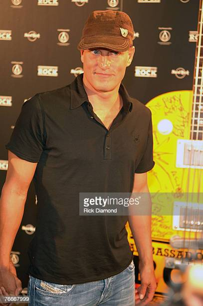 Actor Woody Harrelson arrives on The Green Carprt forThe Launch of the Sustainable Biodiesel Alliance at the Hard Rock Cafe in New York City on...