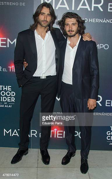 Actor Yon Gonzalez and actor Aitor Luna attend 'Matar el tiempo' premiere at Capitol cinema on May 28 2015 in Madrid Spain