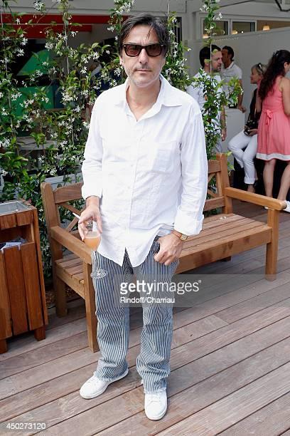 Actor Yvan Attal attends the Men's Final of Roland Garros French Tennis Open 2014 Day 15 on June 8 2014 in Paris France