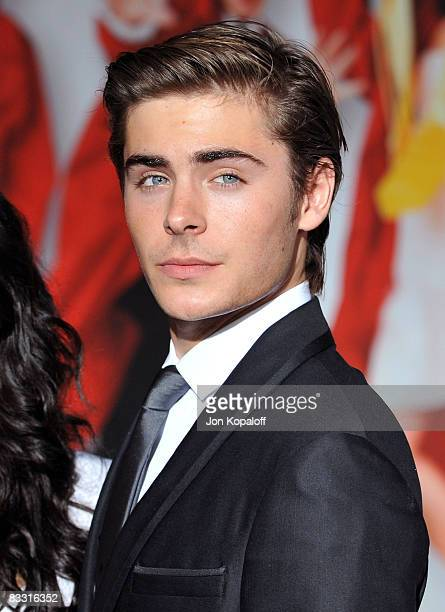 Actor Zac Efron arrives at the Los Angeles Premiere High School Musical 3 Senior Year at the Galen Center at USC on October 16 2008 in Los Angeles...