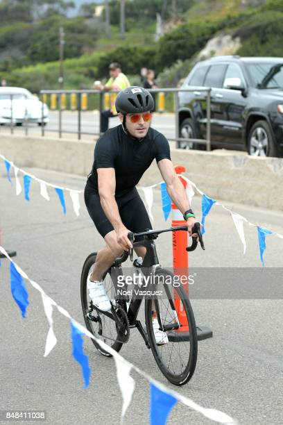 Actor Zac Efron participates in the Nautica Malibu Triathlon at Zuma Beach on September 17 2017 in Malibu California