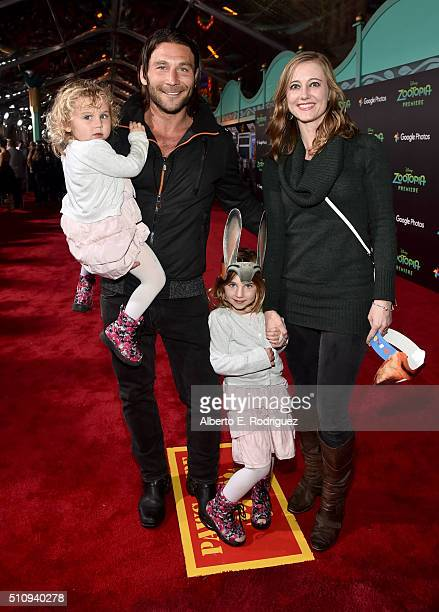 Actor Zach McGowan Emily Johnson and family attend the Los Angeles premiere of Walt Disney Animation Studios' Zootopia on February 17 2016 in...