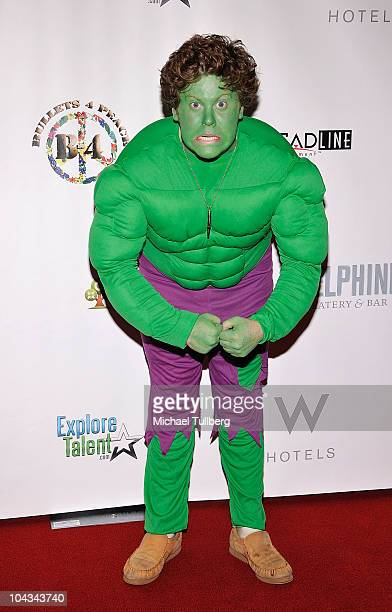 Actor Zack Pearlman arrives as The Hulk at the 'Bullets For Peace' fashion show to celebrate World Peace Day at the Hotel W Hollywood on September 21...