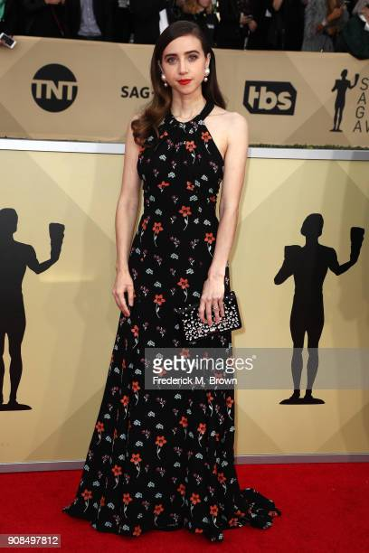 Actor Zoe Kazan attends the 24th Annual Screen Actors Guild Awards at The Shrine Auditorium on January 21 2018 in Los Angeles California 27522_017