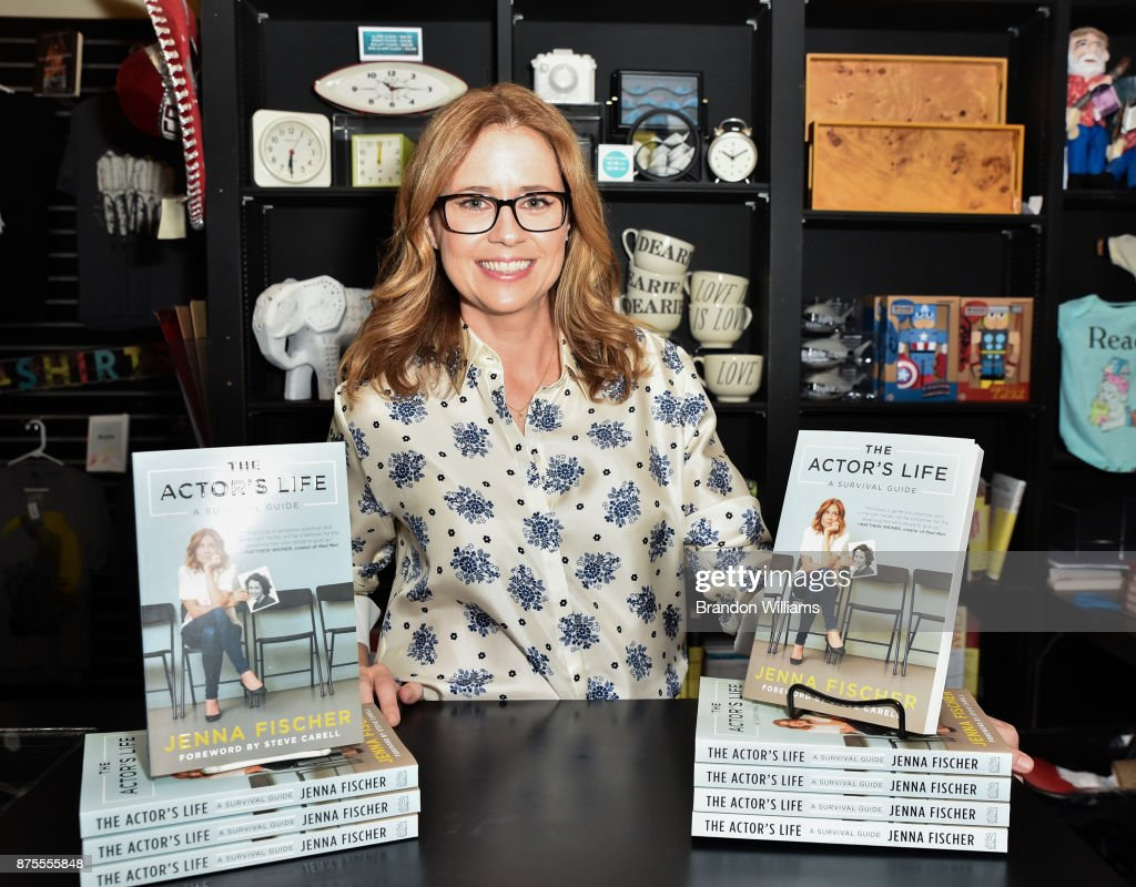 Actor/author Jenna Fischer at the signing of her book, 'The Actor's Life' at Book Soup on November 17, 2017 in West Hollywood, California.