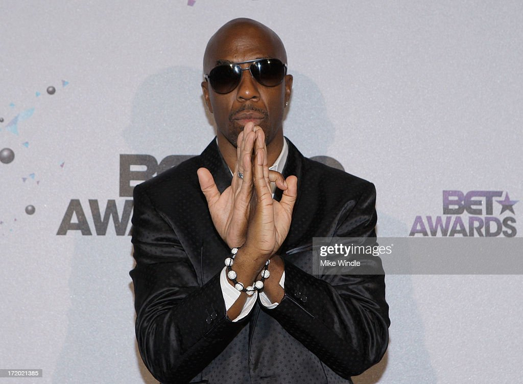 Actor/comedian J. B. Smoove poses in the Backstage Winner's Room at Nokia Theatre L.A. Live on June 30, 2013 in Los Angeles, California.