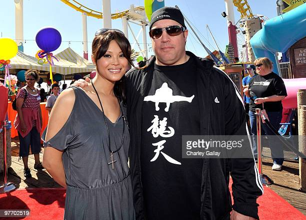 Actor/comedian Kevin James and wife Steffiana James attend the MakeAWish Foundation's Day of Fun hosted by Kevin Steffiana James held at Santa Monica...