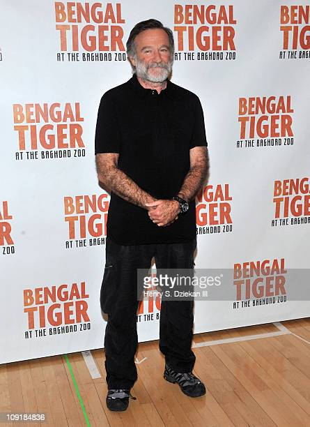 Actor/comedian Robin Williams attends Bengal Tiger at the Baghdad Zoo Broadway cast photo call at The New 42nd Street Studios on February 16 2011 in...
