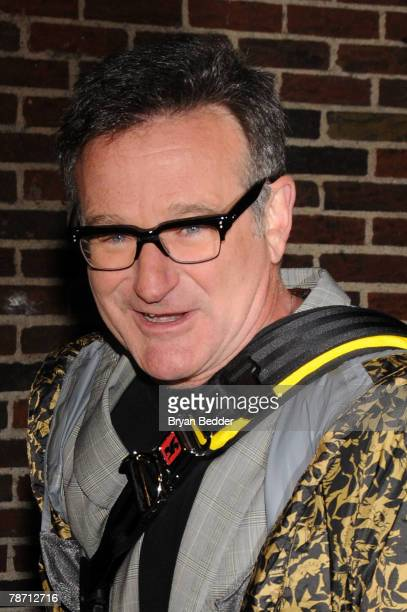 Actor/comedian Robin Williams leaves the Ed Sullivan Theater after a taping of the Late Show with David Letterman on January 2 2008 in New York City...