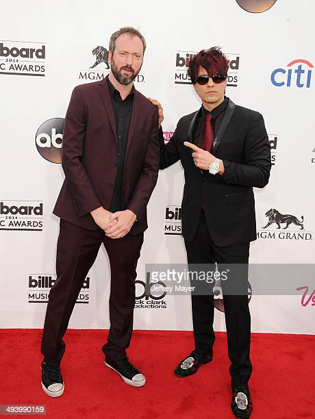 Actor/comedian Tom Green and magician Criss Angel arrive at the 2014 Billboard Music Awards at the MGM Grand Garden Arena on May 18 2014 in Las Vegas...