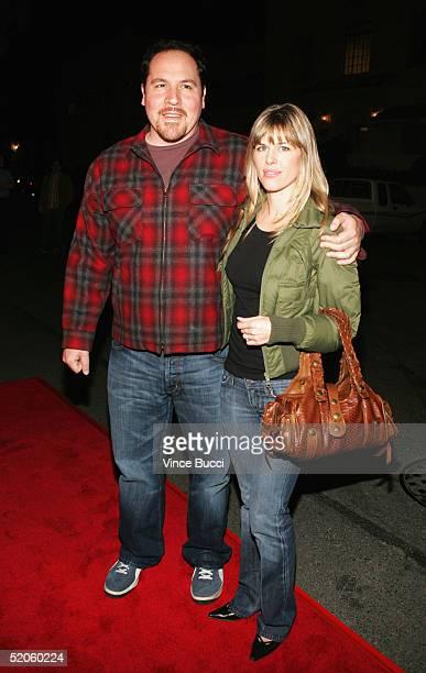 Actordirector Jon Favreau and wife Joya attend the Twentieth Century Fox film Hide and Seek on January 24 2005 in Los Angeles California