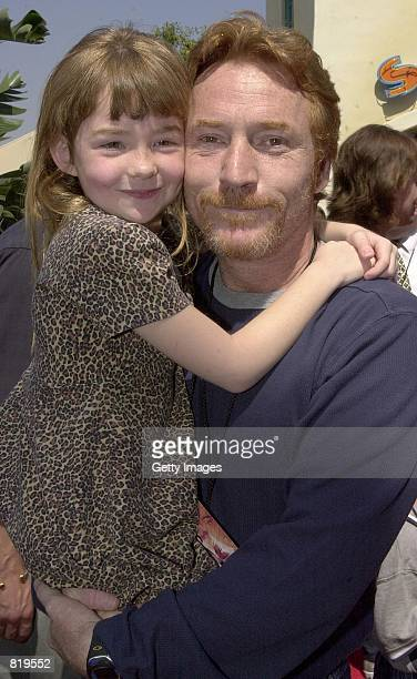 Actor/DJ Danny Bonaduce and his daughter Isabella arrive for the premiere of the new movie Spy Kids March 18 2001 at Disney's California Adventure in...