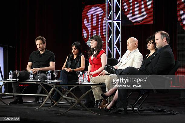 Actor/executive producer David Duchovny Pamela Adlon Madeleine Martin Evan Handler Carla Gugino and creator/executive producer Tom Kapinos speak...