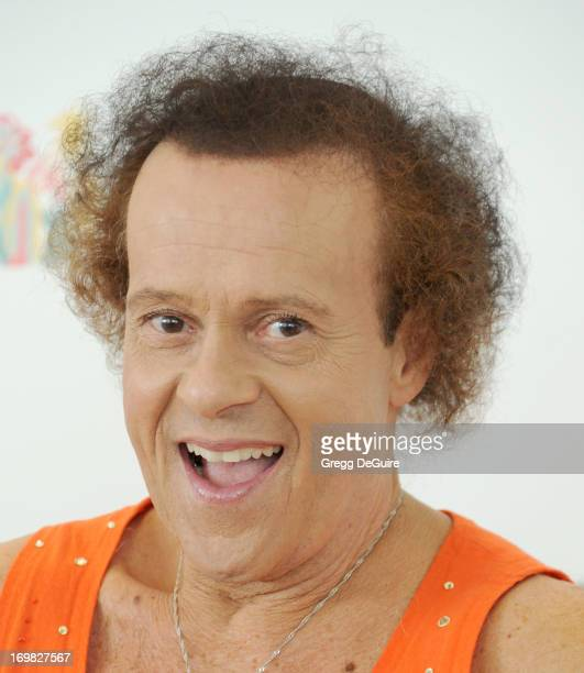 Actor/fitness personality Richard Simmons arrives at the Elizabeth Glaser Pediatric AIDS Foundation's 24th Annual 'A Time For Heroes' at Century Park...