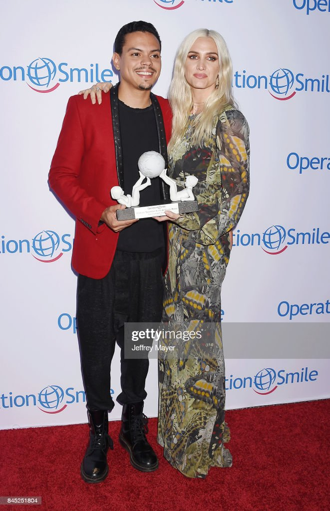 Actor-musician Evan Ross (L) and singer-songwriter Ashlee Simpson-Ross attend Operation Smile's Annual Smile Gala at The Broad Stage on September 9, 2017 in Santa Monica, California.