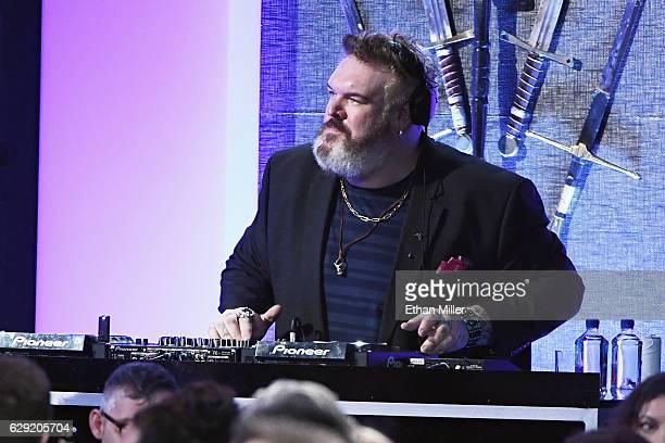 Actor/musician Kristian Nairn DJ's during the 22nd Annual Critics' Choice Awards at Barker Hangar on December 11 2016 in Santa Monica California