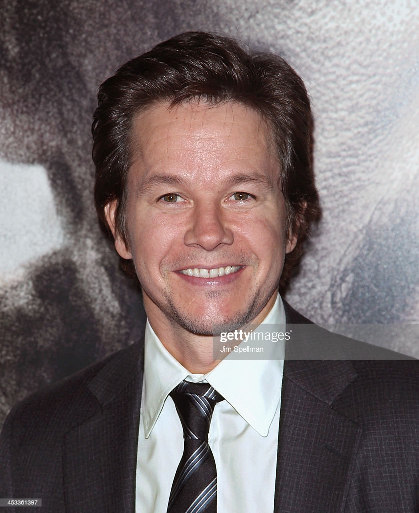 Actor/producer Mark Wahlberg attends the 'Lone Survivor' New York premiere at Ziegfeld Theater on December 3, 2013 in New York City.