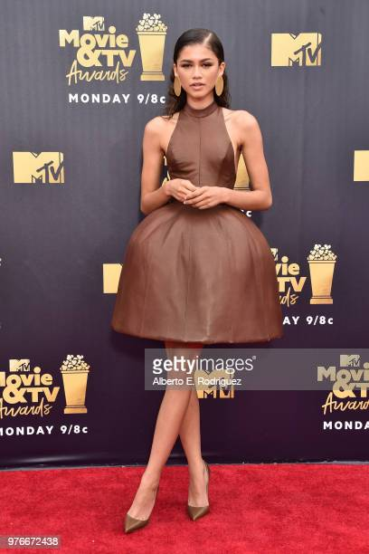 Actor-recording artist Zendaya attends the 2018 MTV Movie And TV Awards at Barker Hangar on June 16, 2018 in Santa Monica, California.