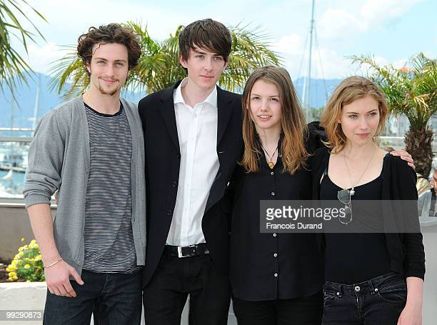 Actors Aaron Johnson Matthew Beard Hannah Murray and Imogen Poots attend the 'Chatroom' Photocall at the Palais des Festivals during the 63rd Annual...