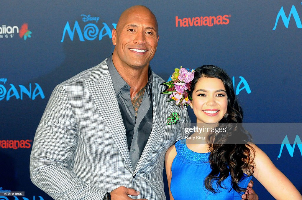 Actors Actor Dwayne Johnson and Aulil Cravalho attend AFI FEST 2016 Presented By Audi - Premiere of Disney's 'Moana' at the El Capitan Theatre on November 14, 2016 in Hollywood, California.