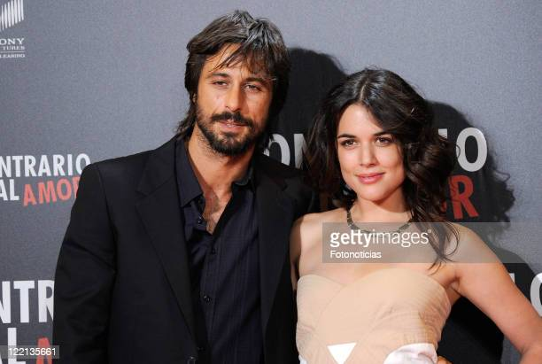 Actors Adriana Ugarte and Hugo Silva attend the premiere of 'Lo Contrario al Amor' at Callao Cinema on August 25 2011 in Madrid Spain