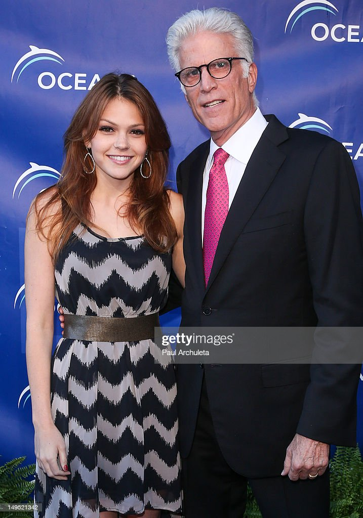 Actors Aimee Teegarden (L) and Ted Danson (R) attend the 2012 Oceana's SeaChange summer party on July 29, 2012 in Laguna Beach, California.