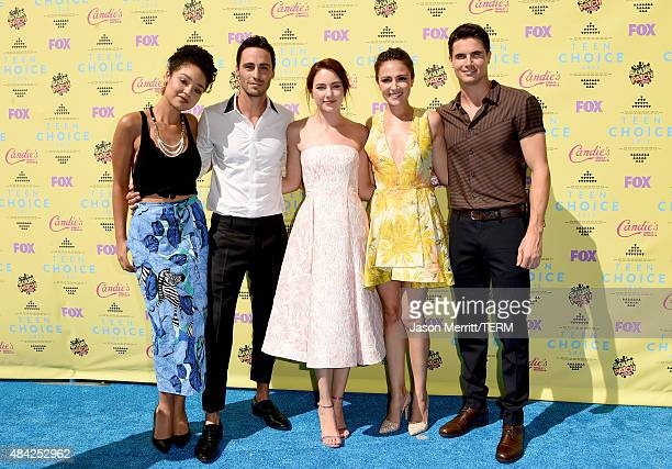 Actors Aisha Dee Richard Brancatisano Haley Ramm Italia Ricci and Robbie Amell attend the Teen Choice Awards 2015 at the USC Galen Center on August...