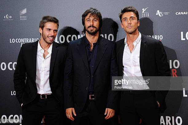 Actors Alex Barahona Hugo Silva and Ruben Sanz attend the premiere of 'Lo Contrario al Amor' at Callao Cinema on August 25 2011 in Madrid Spain