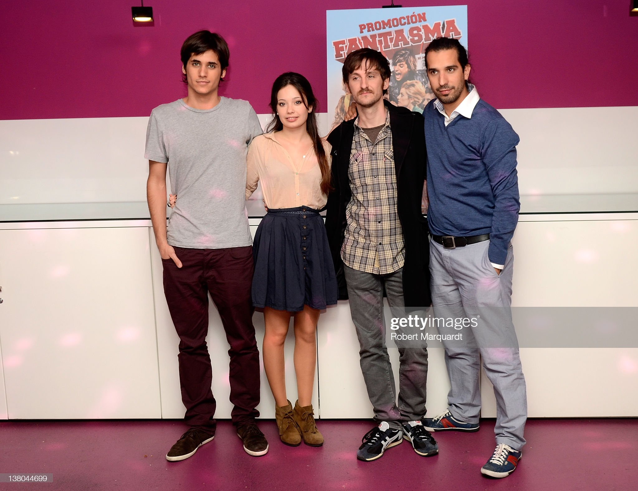 ¿Cuánto mide Julián López? - Altura - Página 3 Actors-alex-maruny-anna-castillo-raul-arevalo-and-director-javier-picture-id138044699?s=2048x2048