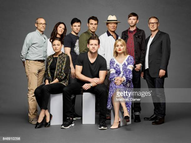 Actors Alexa Davalos Rupert Evans Rufus Sewell Luke Kleintank CaryHiroyuki Tagawa Bella Heathcote DJ Qualls with producer David Zucker executive...