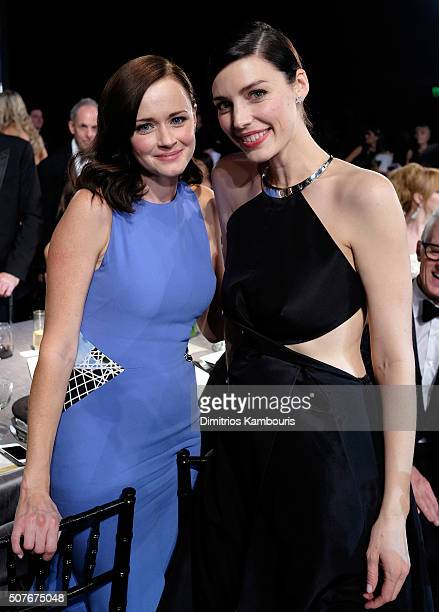 Actors Alexis Bledel and Jessica Pare attend The 22nd Annual Screen Actors Guild Awards at The Shrine Auditorium on January 30 2016 in Los Angeles...