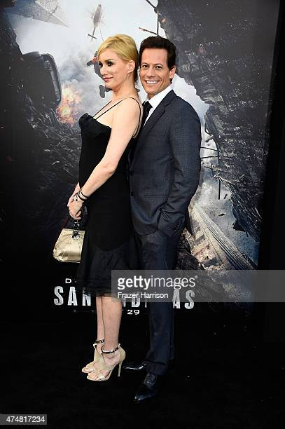 Actors Alice Evans and Ioan Gruffudd attend the premiere of Warner Bros Pictures' 'San Andreas' at the TCL Chinese Theatre on May 26 2015 in...