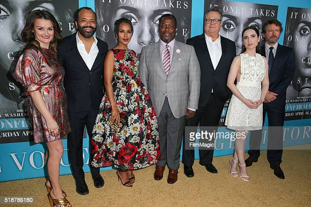 Actors Alison Wright, Jeffery Wright, Kerry Washington, Wendell Pierce, Eric Stonestreet, Zoe Lister-Jones, and Greg Kinnear attend the Los Angeles...