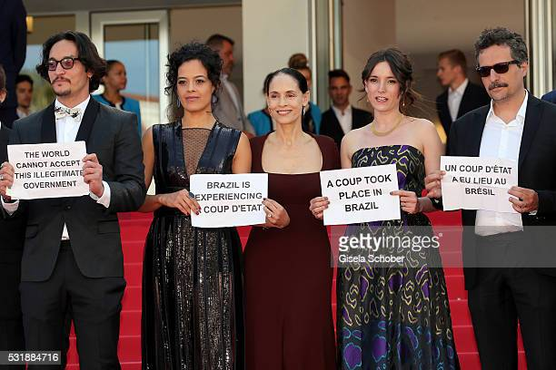 Actors Allan Souza Maeve Jinkings Sonia Braga Emilie Lesclaux and director Kleber Mendonca Filho attend the Aquarius premiere during the 69th annual...