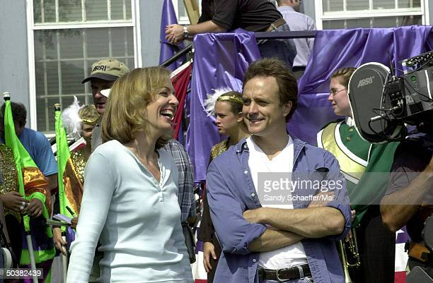 Actors Allison Janney & Bradley Whitford filming on location for the TV series The West Wing.