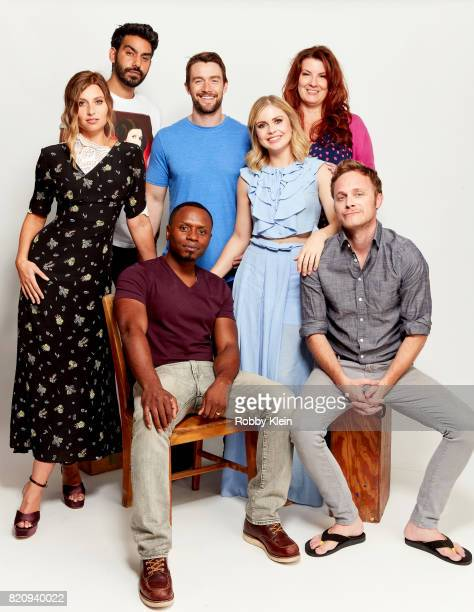 Actors Aly Michalka Rahul Kohli Malcolm Goodwin Robert Buckley Rose McIver executive producer Diane Ruggiero and actor David Anders from CW's...