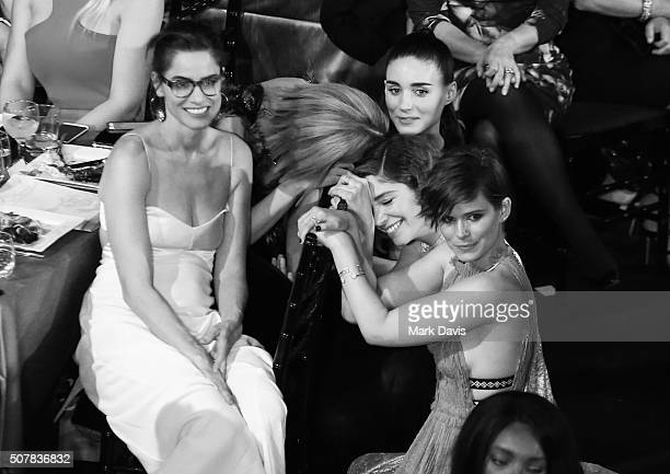 Image has been converted to black and white LOS ANGELES CA JANUARY 30 Actors Amanda Peet Sarah Paulson Rooney Mara Kate Mara and Carrie Brownstein...