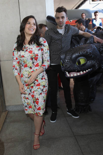 How to train your dragon 2 photocall the 67th annual cannes film actors america ferrera and jay baruchel attend the how to train your dragon 2 ccuart Image collections