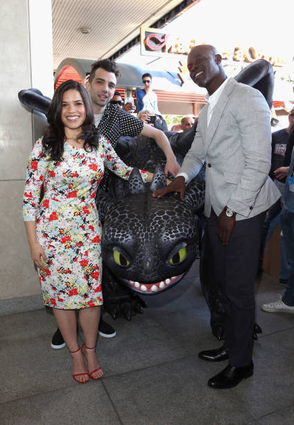 Fotos e imagens de how to train your dragon 2 photocall the 67th actors america ferrera jay baruchel and djimon hounsou attend the how to train your ccuart Image collections