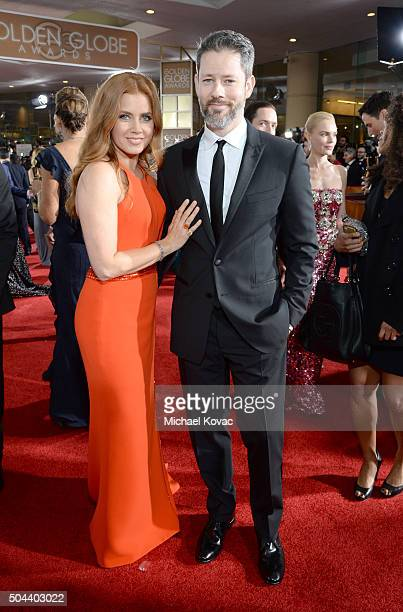 Actors Amy Adams and Darren Le Gallo attend the 73rd Annual Golden Globe Awards held at the Beverly Hilton Hotel on January 10 2016 in Beverly Hills...