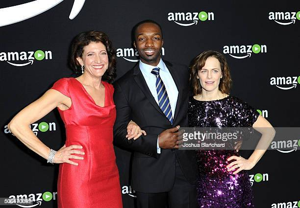Actors Amy Aquino Jamie Hector and Sarah Clarke attend Amazon Studios Golden Globe Awards Party at The Beverly Hilton Hotel on January 10 2016 in...
