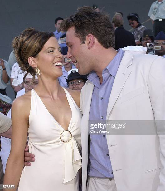 Actors and cast members Kate Beckinsale left and Ben Affleck arrive at the world premiere of Disney's Pearl Harbor May 21 2001 in Pearl Harbor HI...