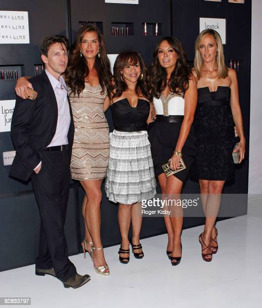 """Actors Andrew McCarthy, Brooke Shields, Rosie Perez, Lindsay Price and Kim Raver attend the """"Lipstick Jungle"""" premiere party at Studio 450 on..."""
