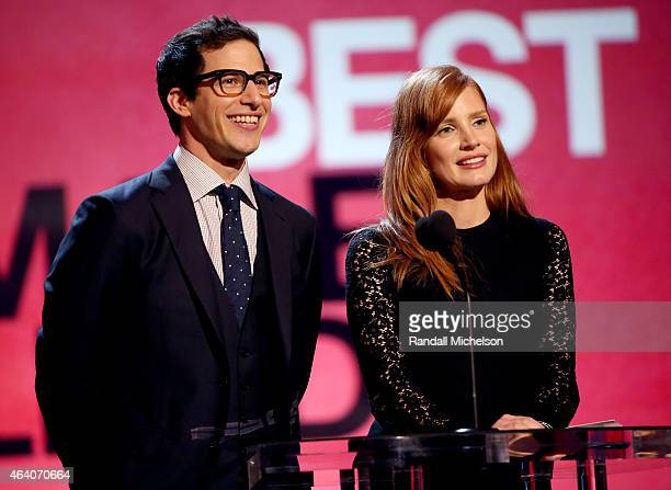 Actors Andy Samberg and Jessica Chastain speak onstage during the 2015 Film Independent Spirit Awards at Santa Monica Beach on February 21 2015 in...