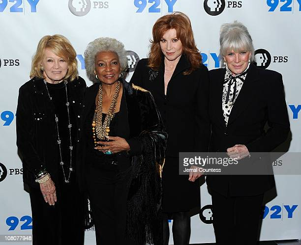 Actors Angie Dickinson Nichelle Nichols Stefanie Powers and Linda Evans attend the Pioneers of Television photocall at the 92nd Street Y on January...