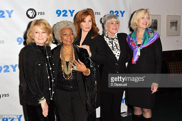 Actors Angie Dickinson Nichelle Nichols Stefanie Powers Linda Evans and PBS president Paula Kerger attend the Pioneers of Television photocall at the...