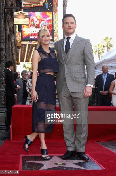 Actors Anna Faris and Chris Pratt at the Chris Pratt Walk Of Fame Star Ceremony on April 21 2017 in Hollywood California