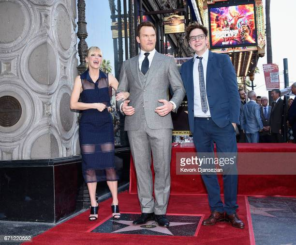 Actors Anna Faris Chris Pratt and Writer/director James Gunn at Chris Pratt Honored With Star On The Hollywood Walk Of Fame on April 21 2017 in...