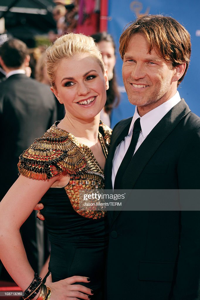 Actors Anna Paquin (L) and Stephen Moyer arrive at the 62nd Annual Primetime Emmy Awards held at the Nokia Theatre L.A. Live on August 29, 2010 in Los Angeles, California.