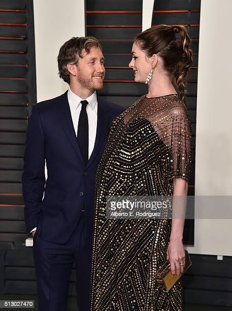 Actors Anne Hathaway and Adam Shulman attend the 2016 Vanity Fair Oscar Party hosted By Graydon Carter at Wallis Annenberg Center for the Performing...